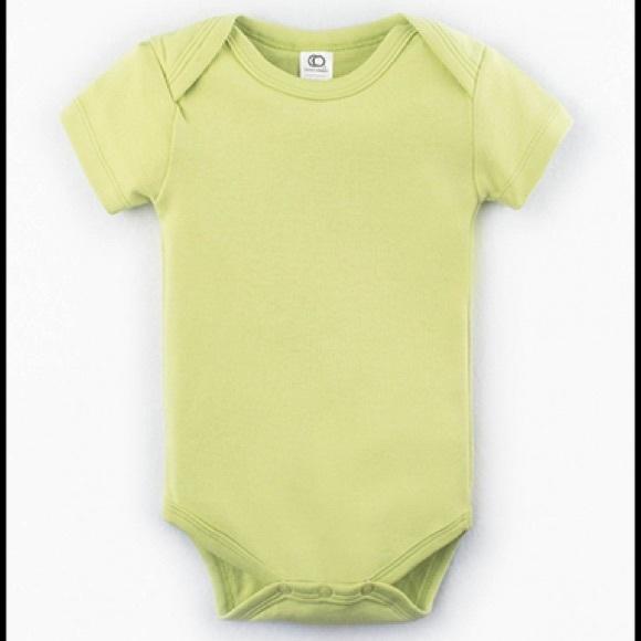 Colored Organics Other - Colored Organics Infant Classic Bodysuit in Kiwi